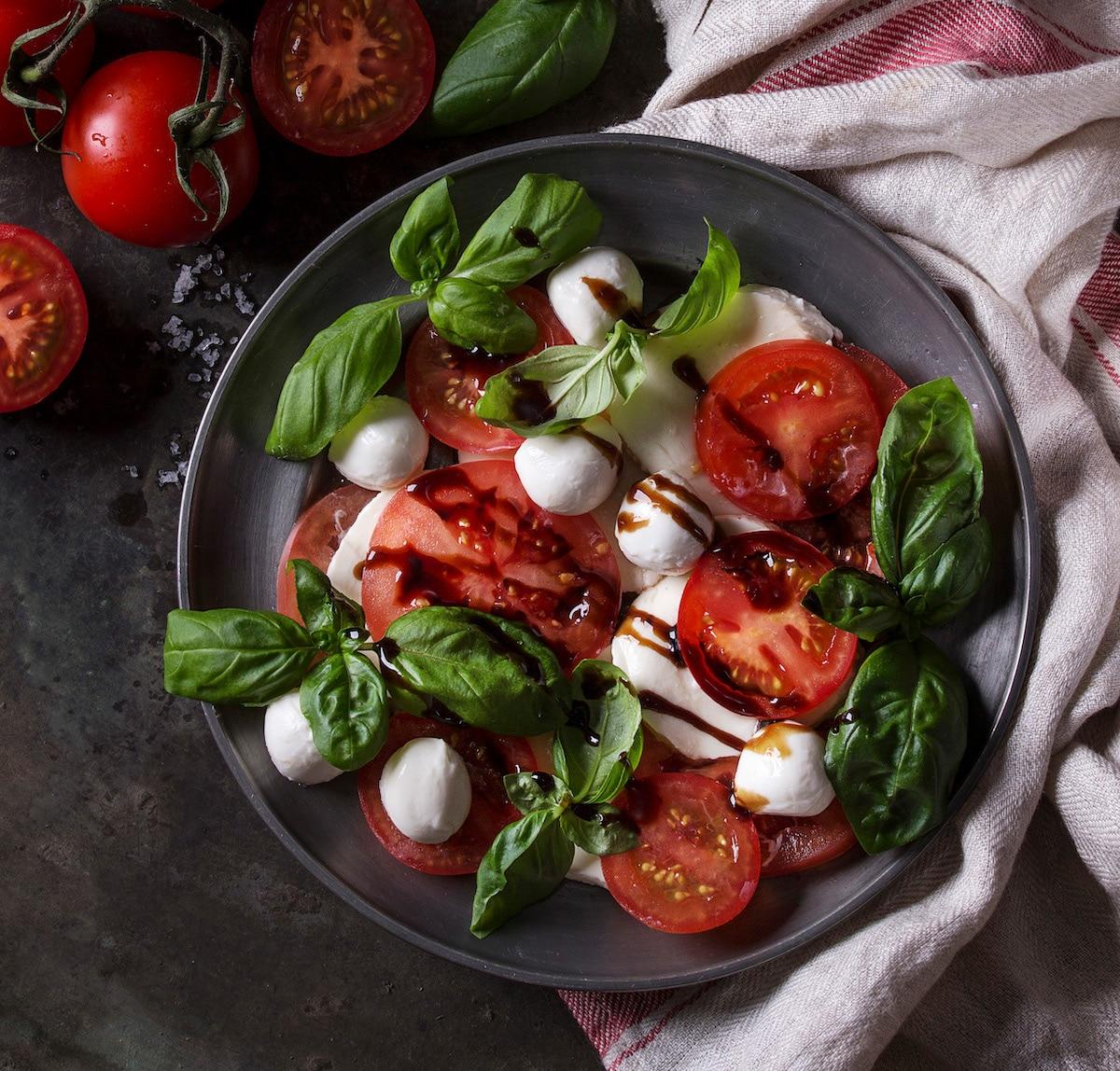 Basil-tomatoes-buratta-new